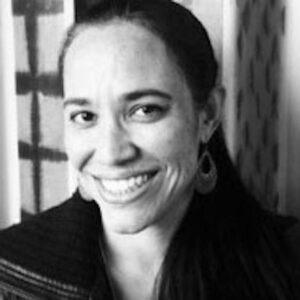<center><b>Raphaella Lima (EUA) </b></center>